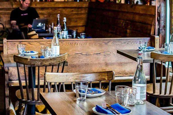 White-Oak-VintageWood-Restaurant-Table